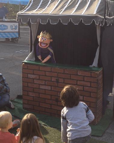 giggle factory puppet show at yamashiro farmers market