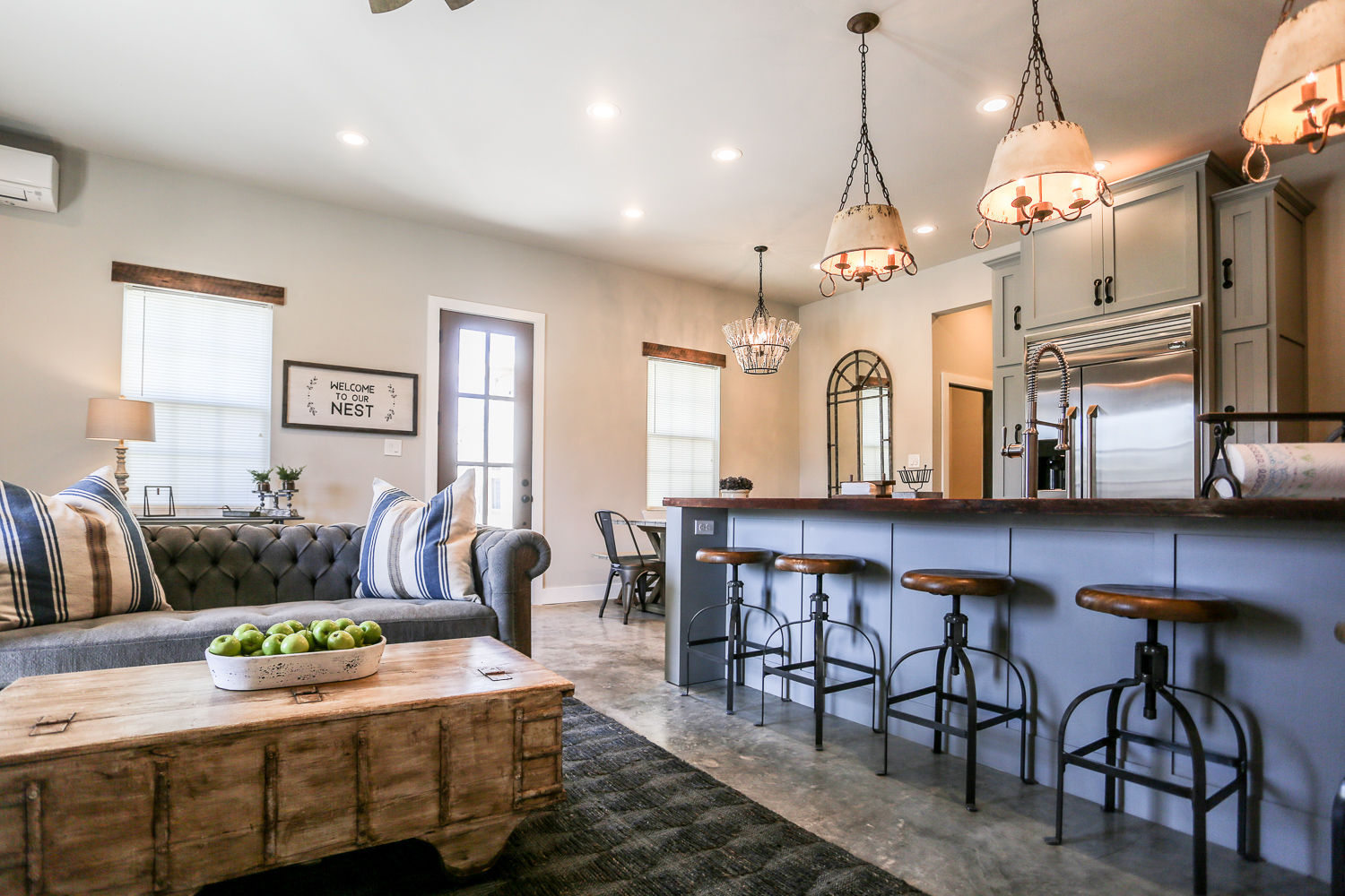 AGAVE NEST - LUXURY FARMHOUSE SUITE 1 BED | 1 BATH   Features: 1 Bedroom, Walking Distance, Luxury Design, Full Kitchen