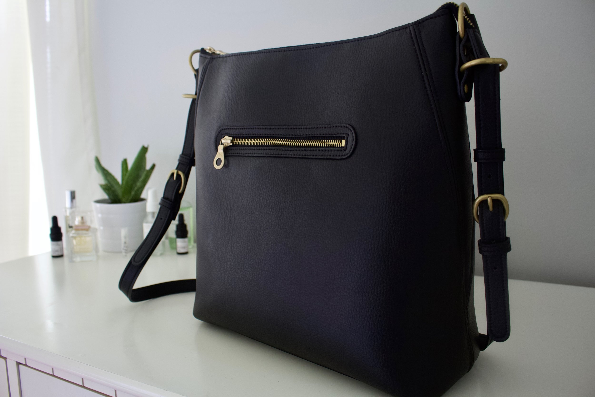 Filbert Vegan Leather 'Baker' Bag