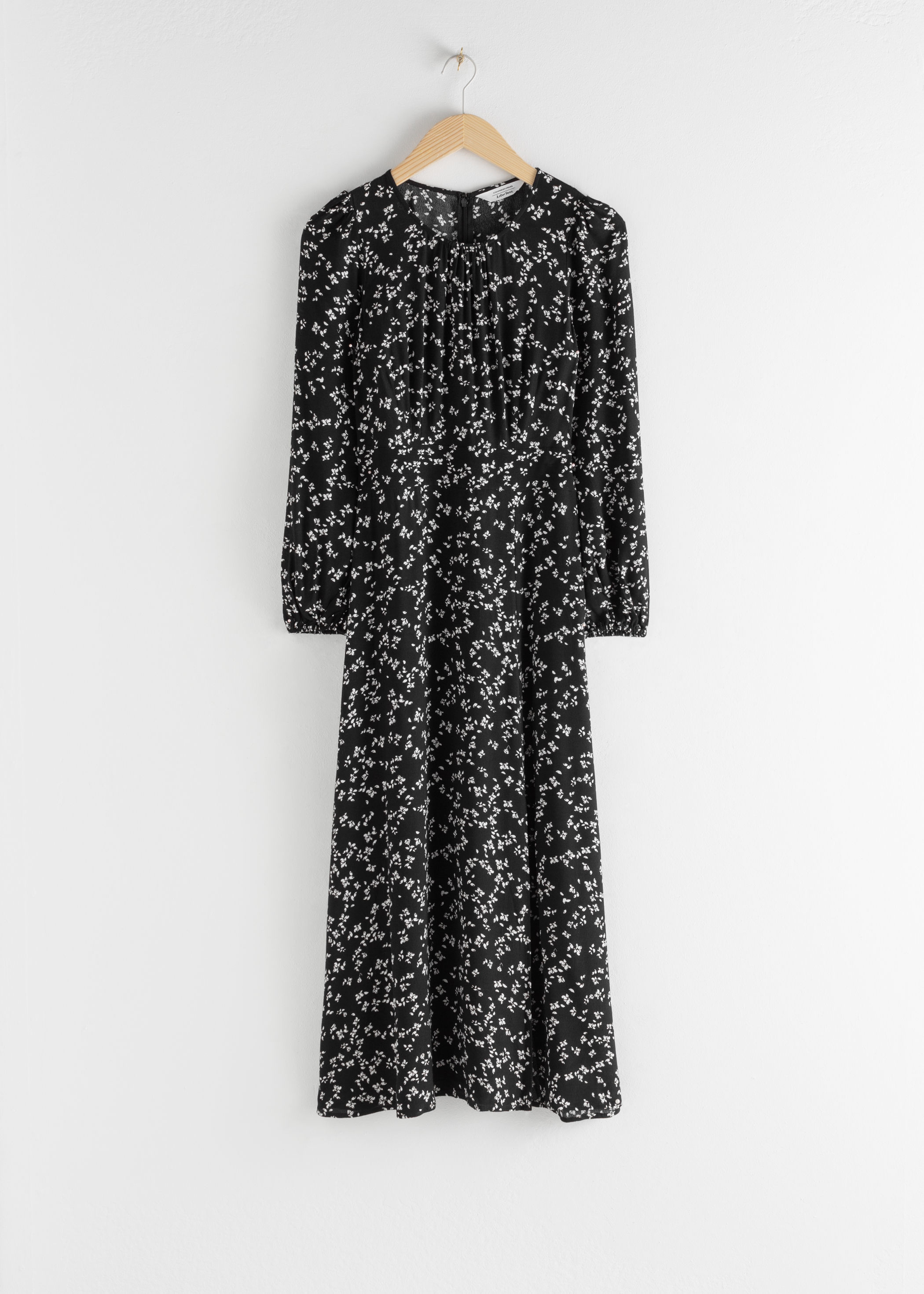 Floral Long Sleeve Midi Dress .jpeg