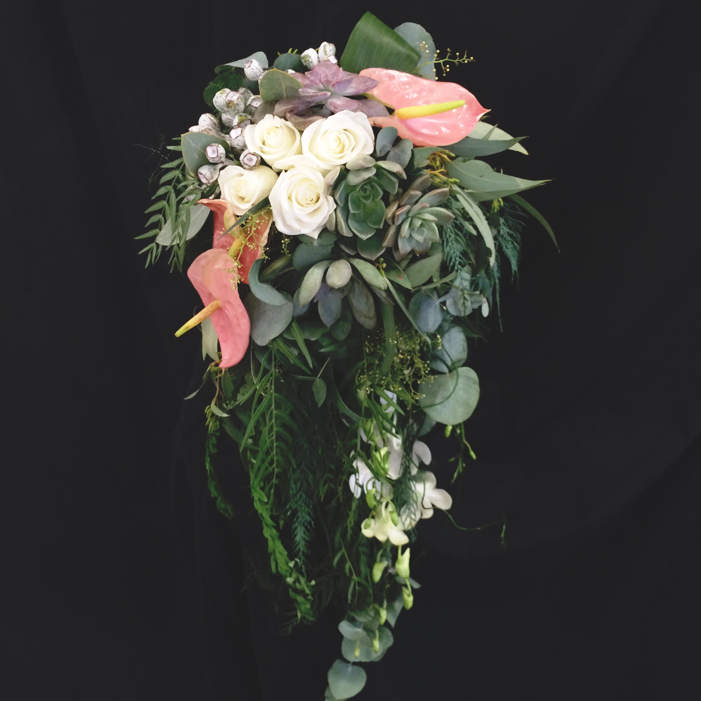 Waterfall Bouquet 2016