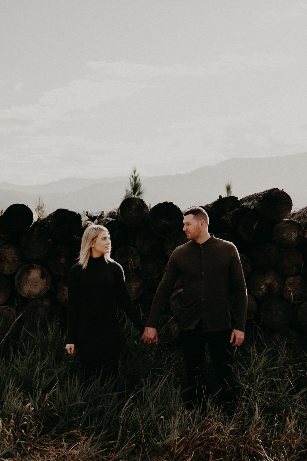 Rockhampton Engagement shoot - elk and fir (21 of 55) (Large).jpg