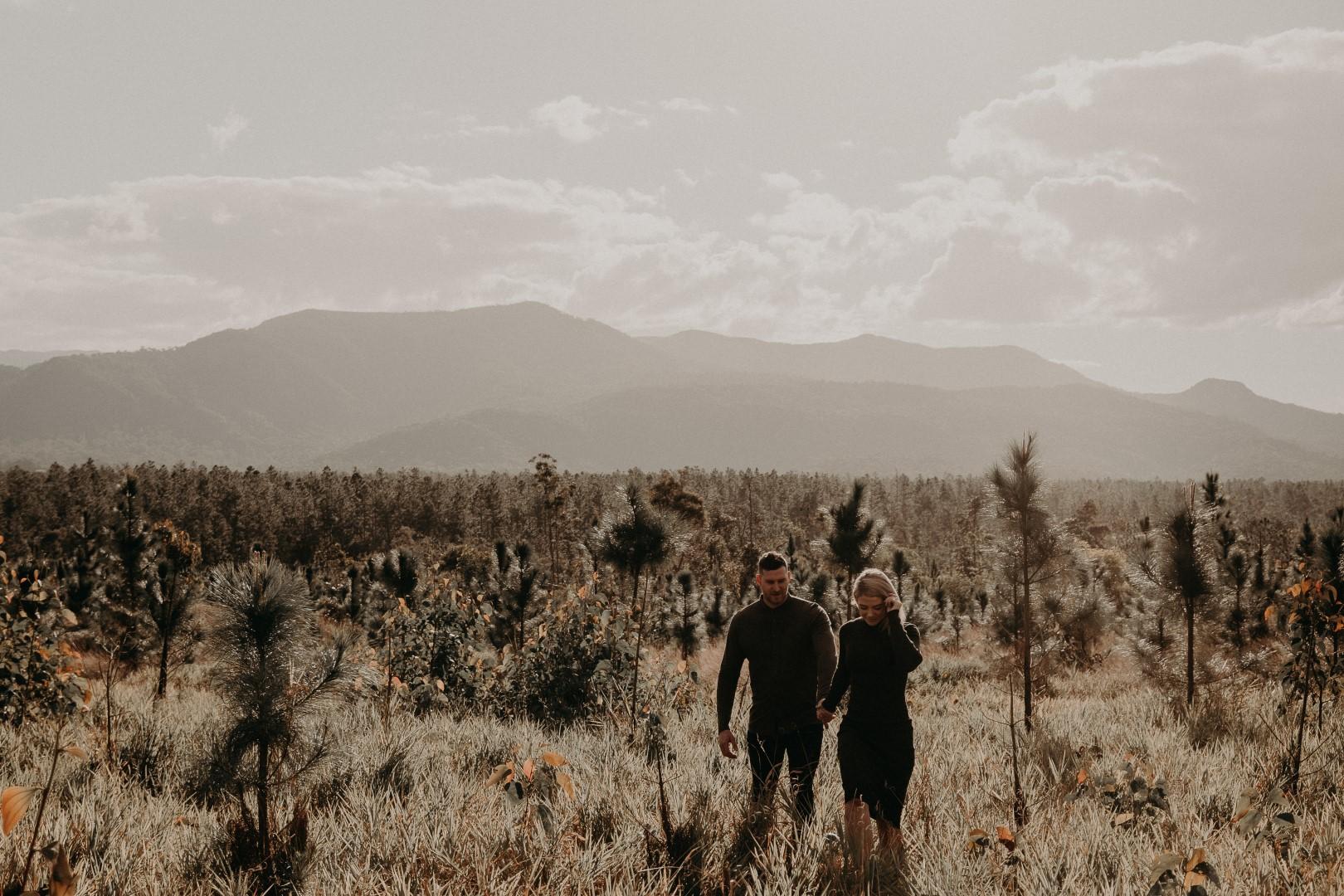 Rockhampton Engagement shoot - elk and fir (32 of 55) (Large).jpg