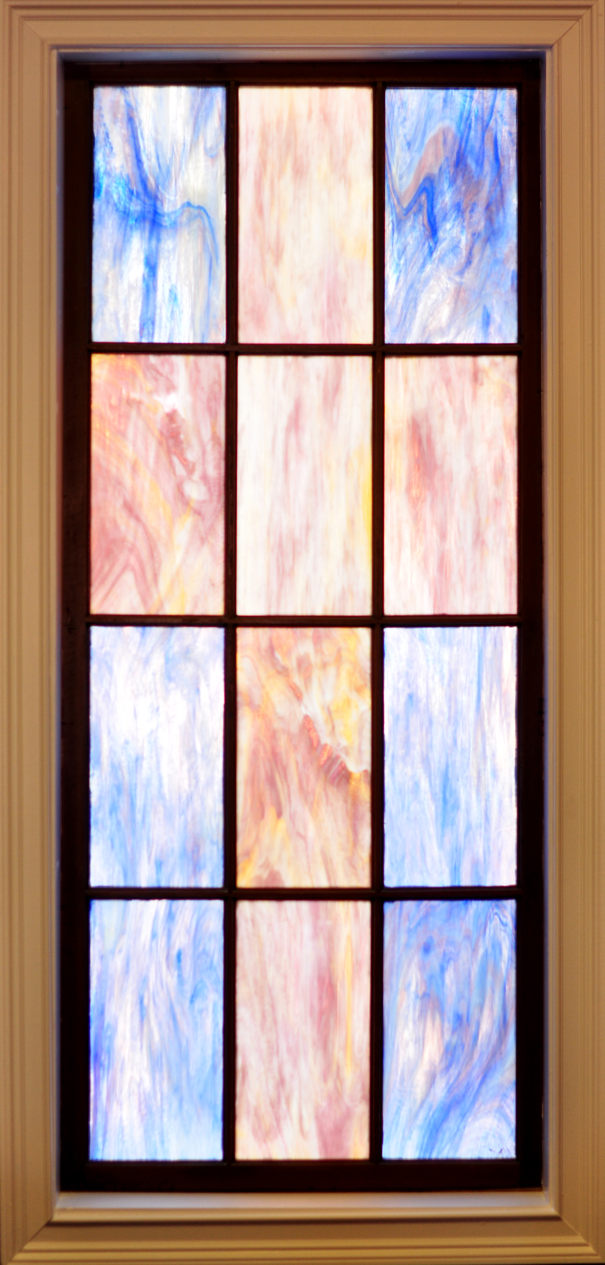 stained-glass02.jpg