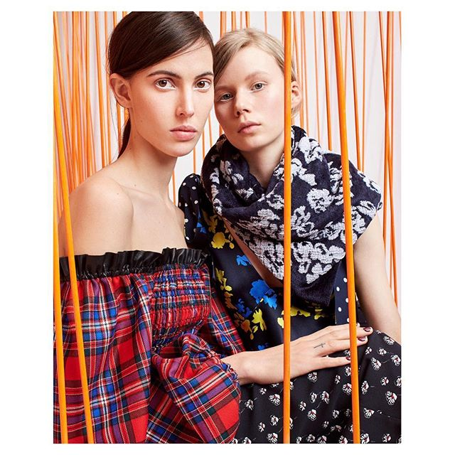 🧡 The lovely @rubyaldridge and @rebekkame in @tanyataylor Fall 18 collection 🧡 Styling @kaisergrams #tanyataylor #nyfw