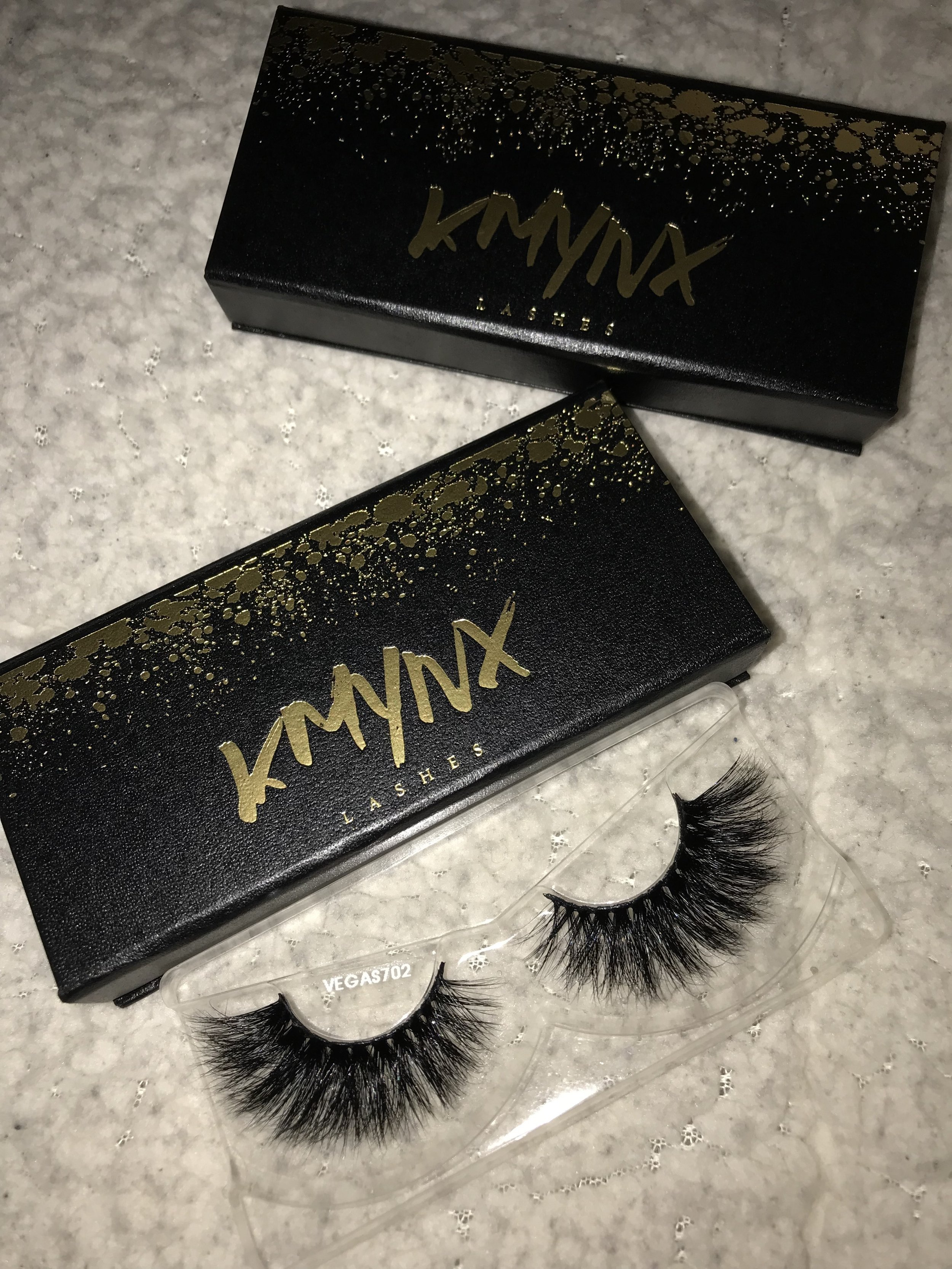 Talk about Bold Lashes. WOW. Get into these fluffy beauties. -