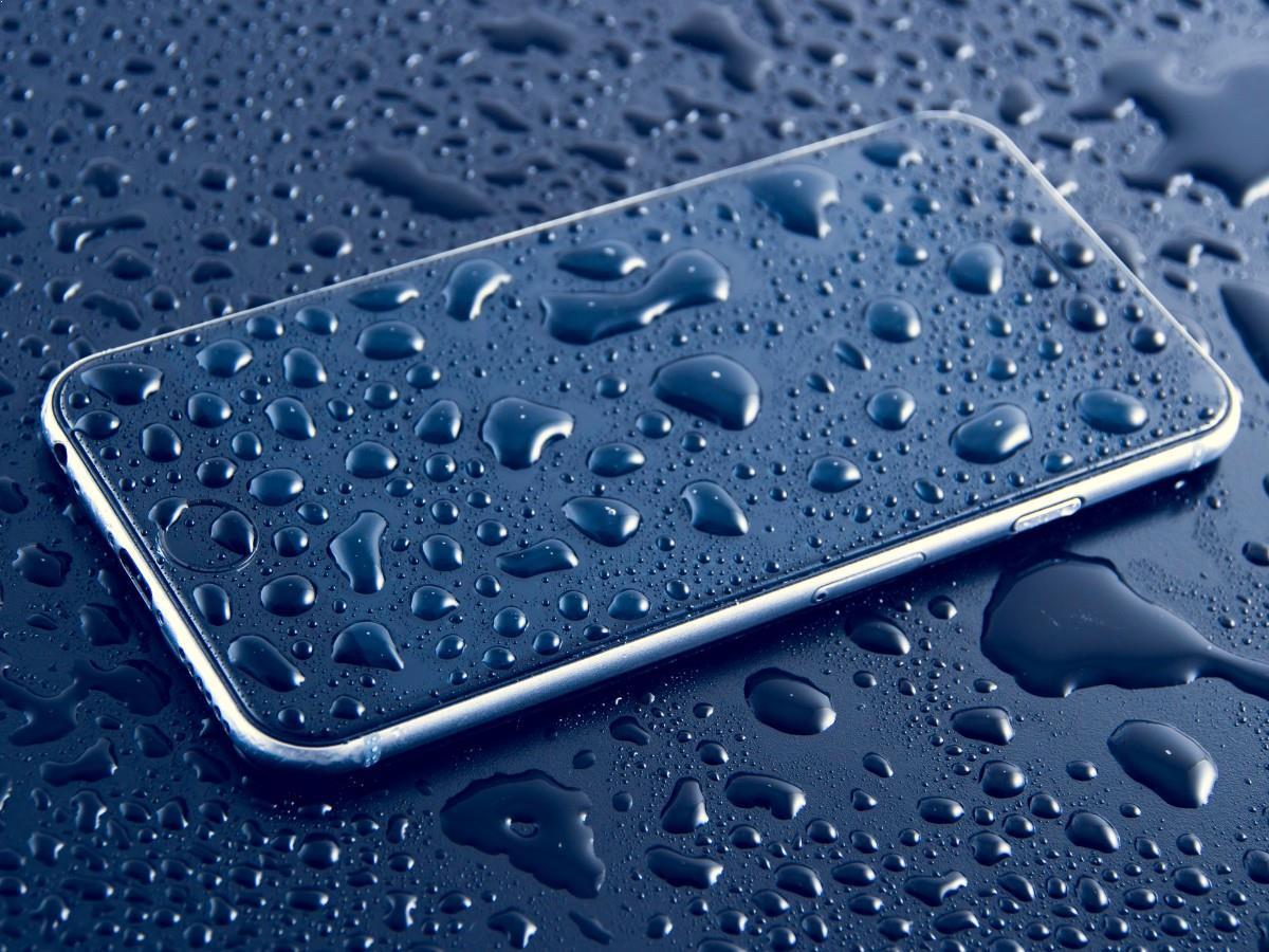 iPhone Liquid Damage Repair