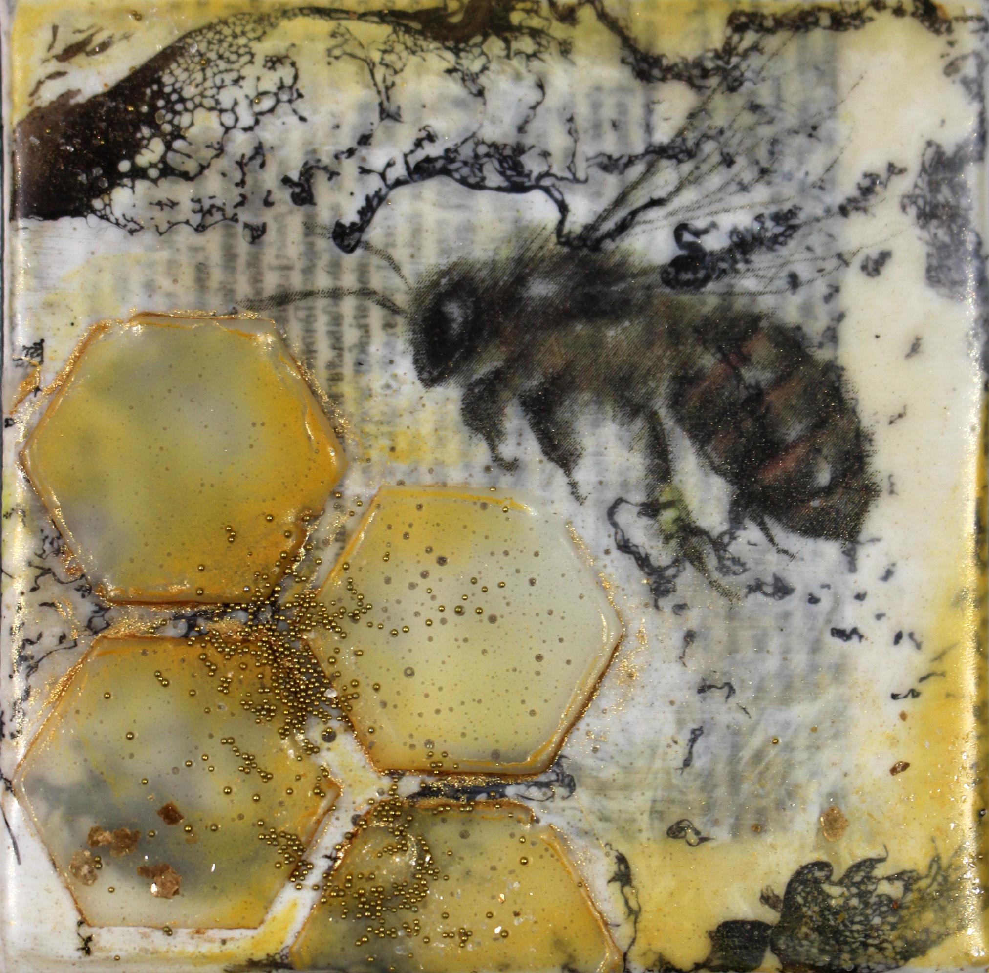 Mini Honey Bee.JPG