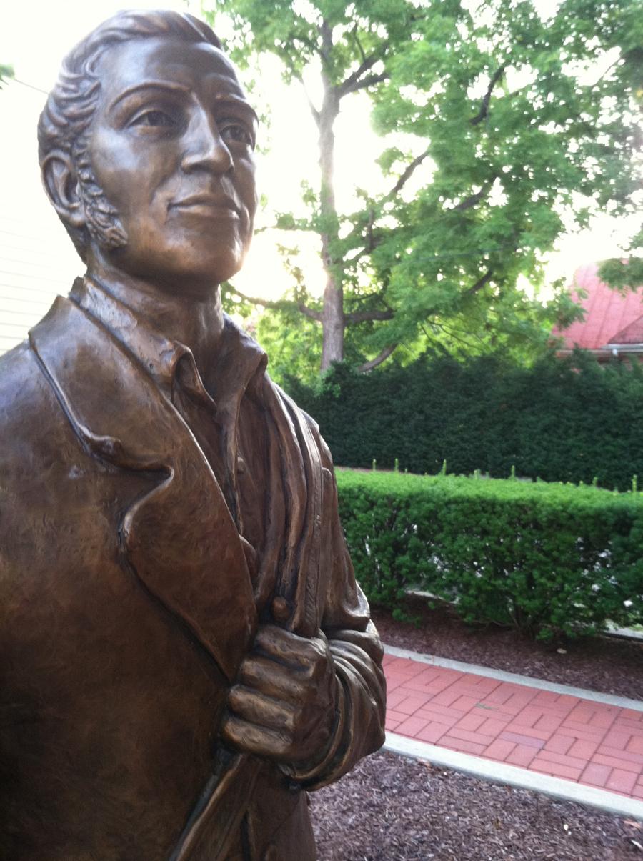 Hermann-Missouri-George-Bayer-Statue.jpg