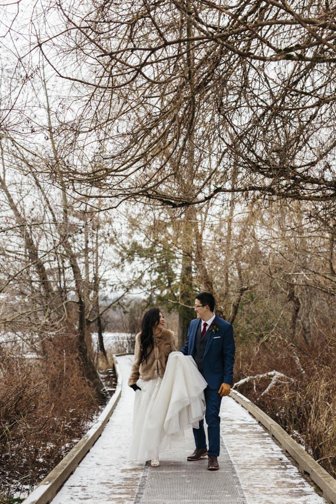 wedding vancouver bc photo poses videography.jpg