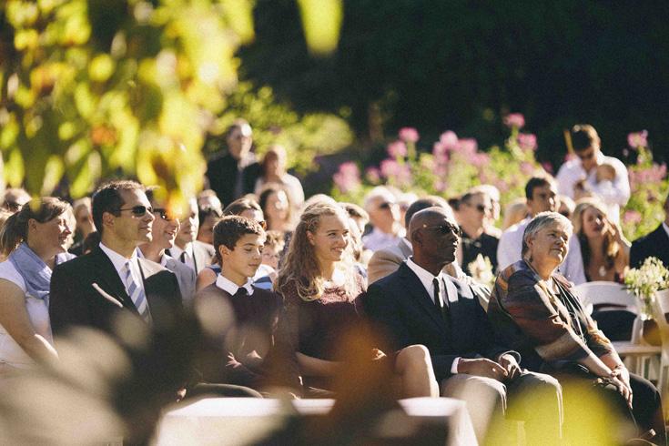 wedding photo poses vancouver videographer photographer.jpg