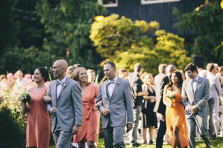 videographer photographer wedding photography poses.jpg