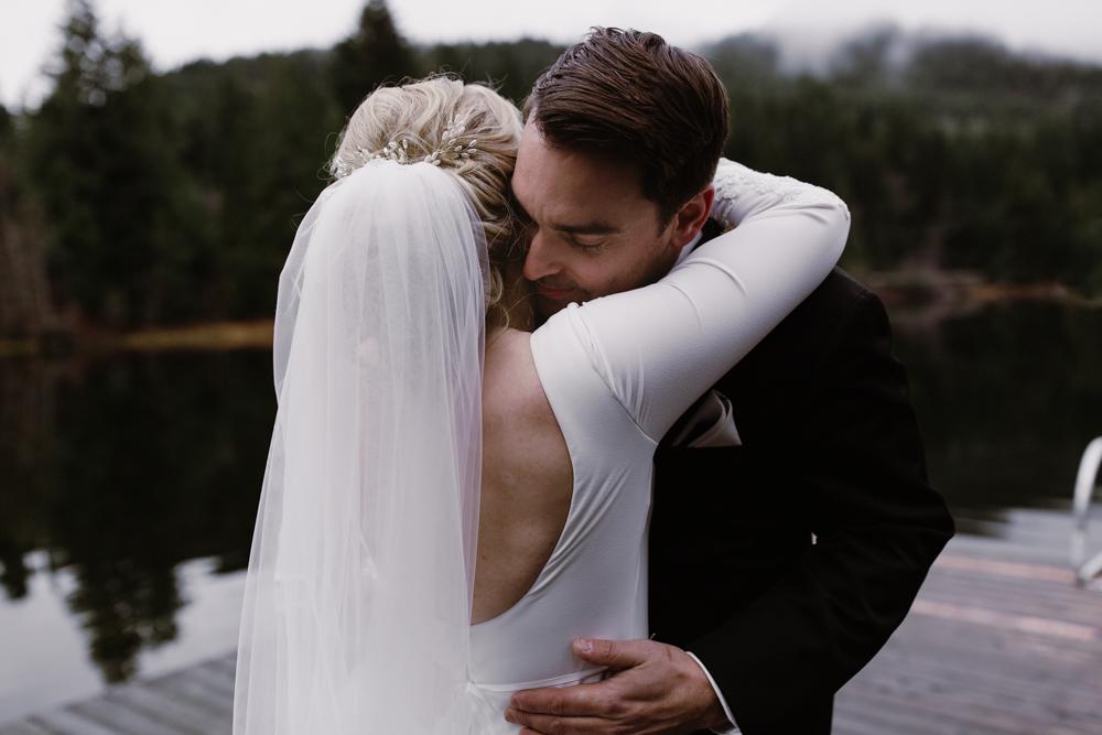 bride and groom first looks.jpg