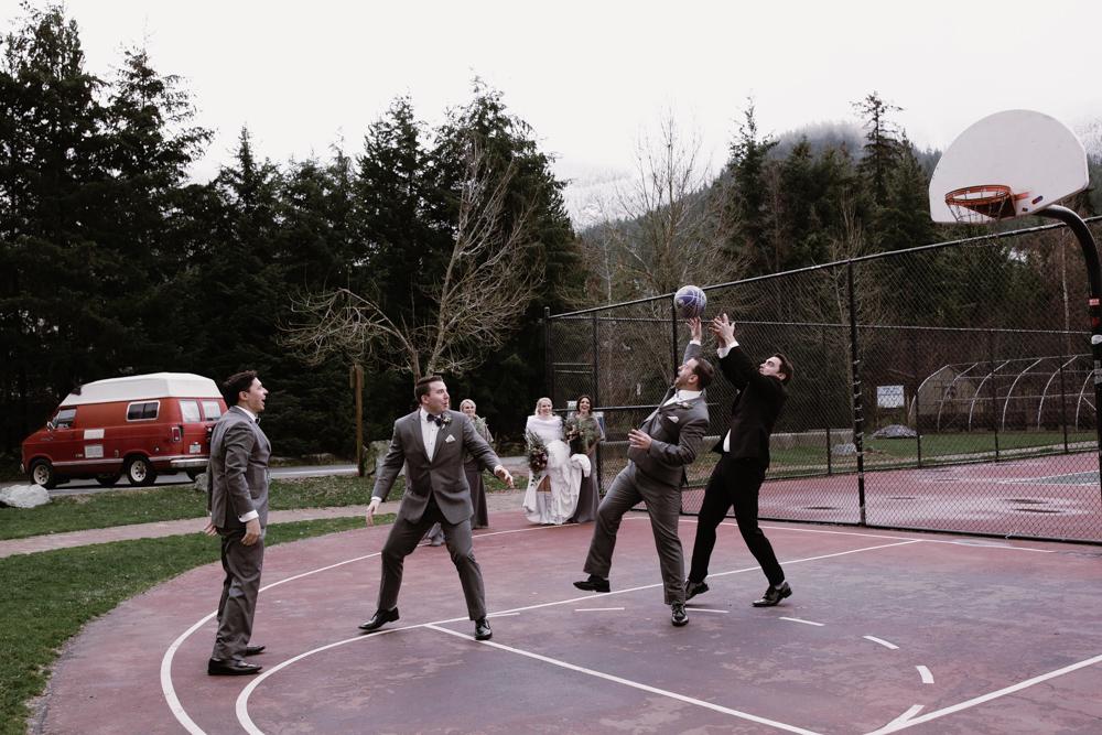 basketball game wedding photography.jpg