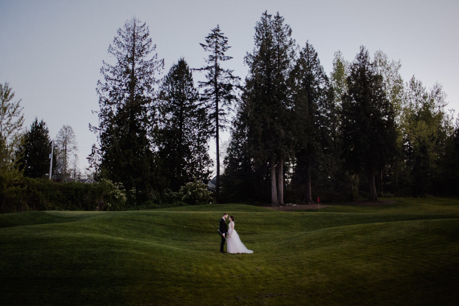 outdoor wedding photographer.jpg
