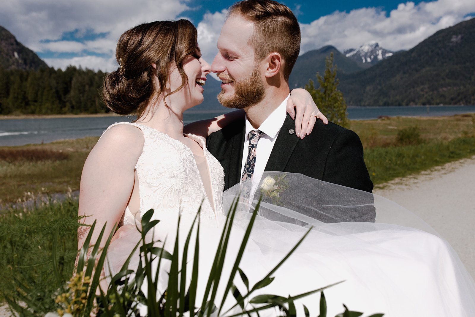 vancouver wedding photographer.jpg