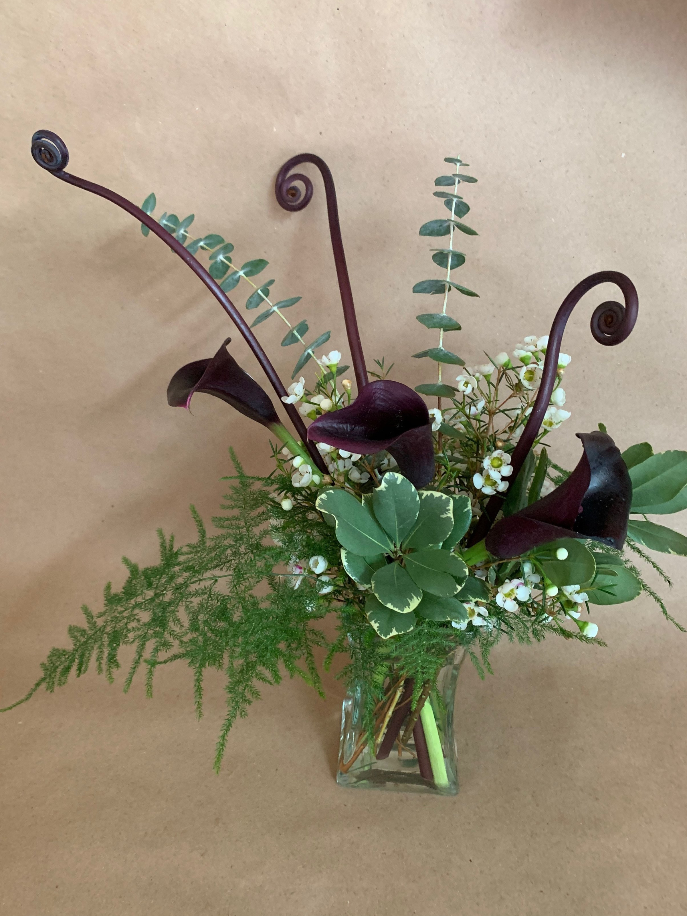Bend Floral Artistry   - Custom Floral Arrangements. Flower Deliveries in Bend, Oregon. Your Local Bend, Oregon Bespoke Florist.