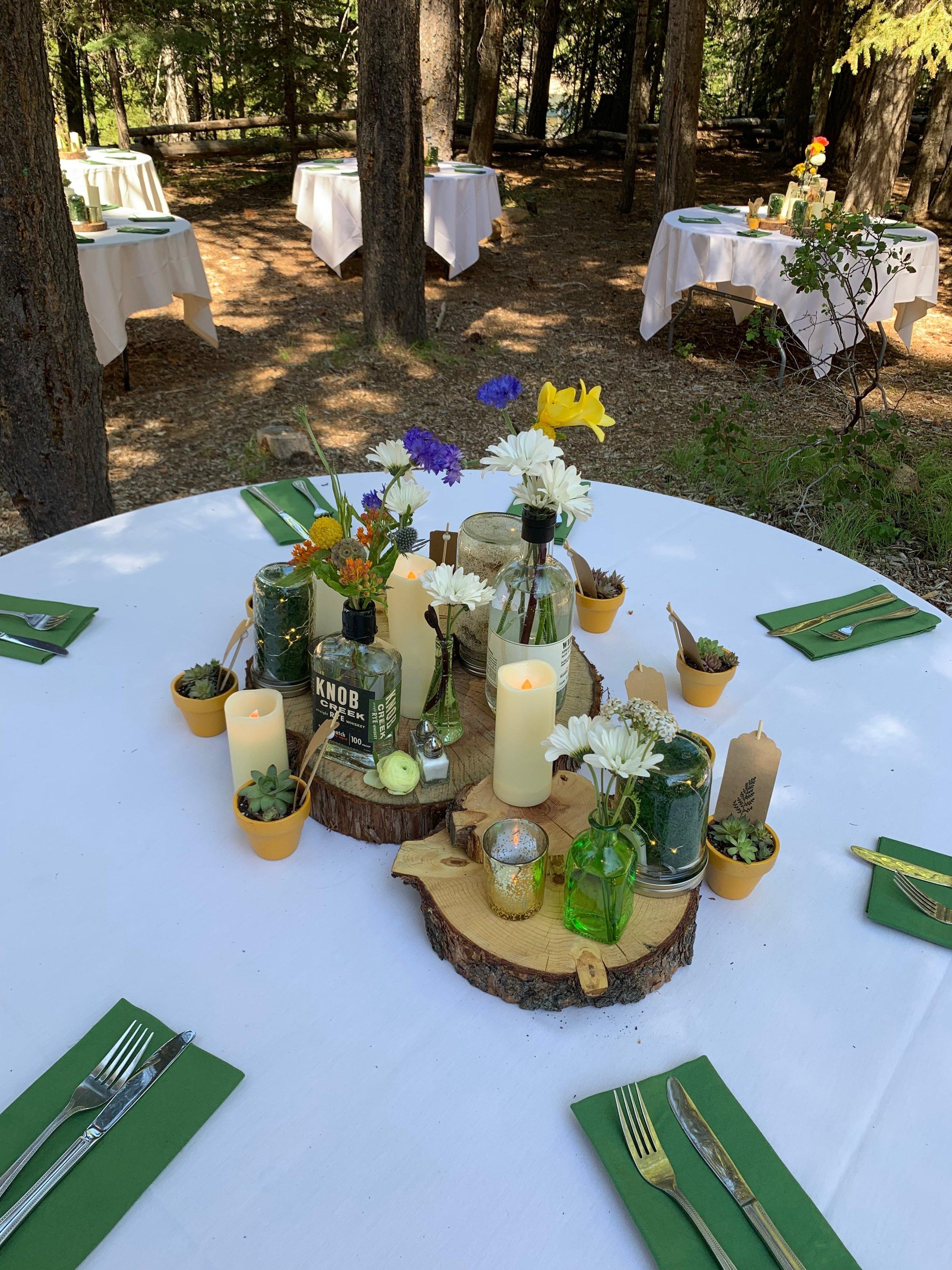 Bend Floral Artistry - Reception at Skyliner Lodge.JPG