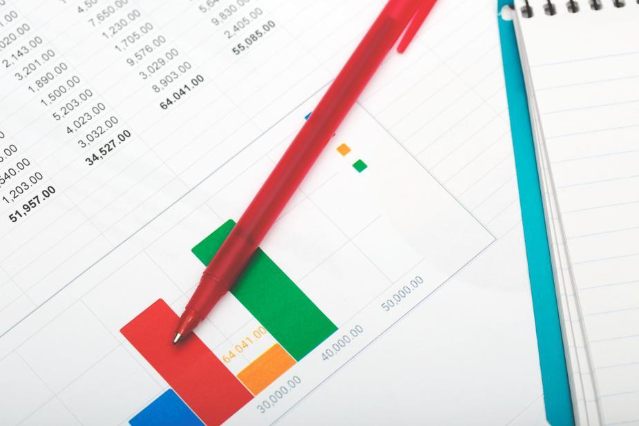 budget-and-finance-tracking_925x.jpg