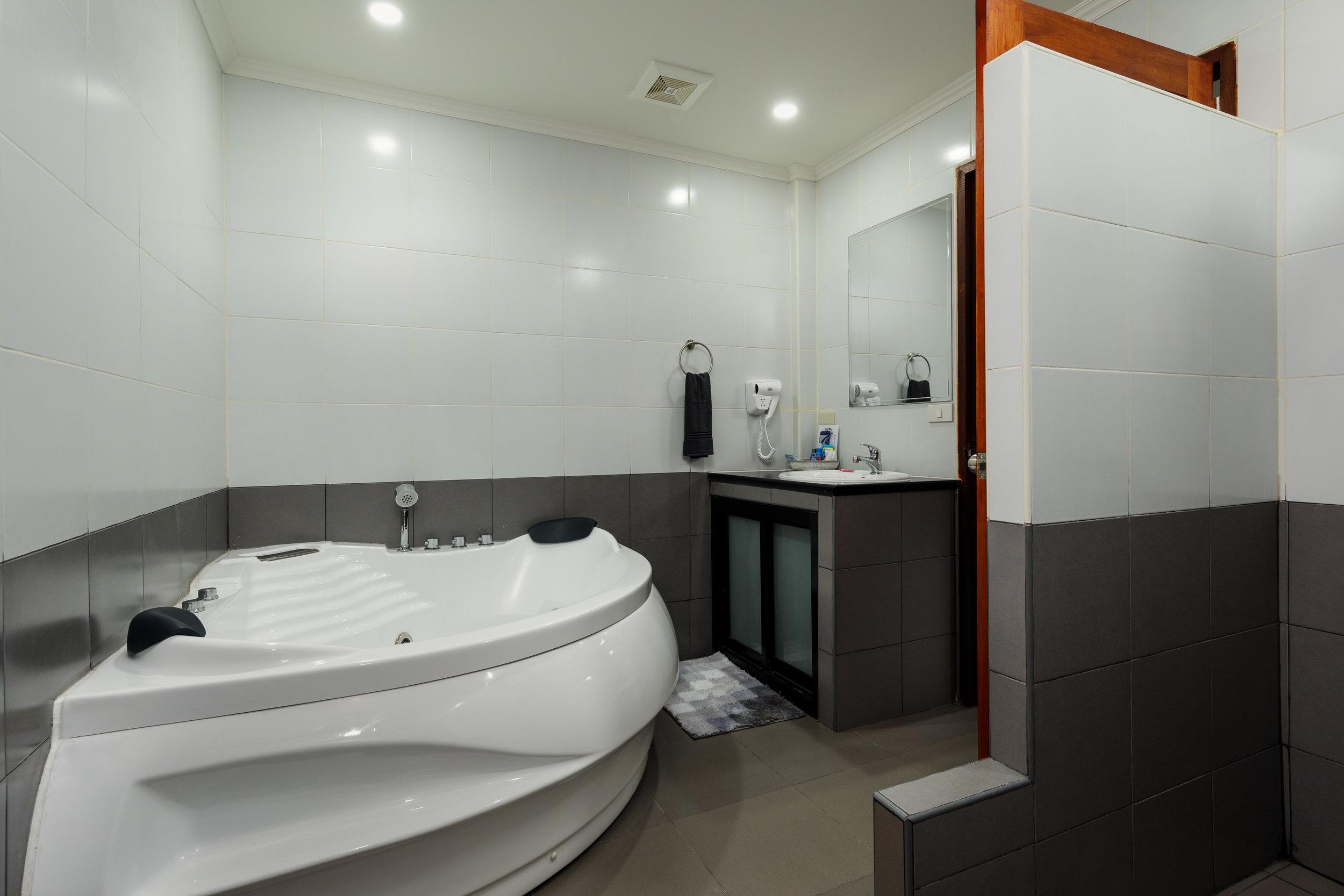 the-classroom-hotel-pattaya-10.jpg