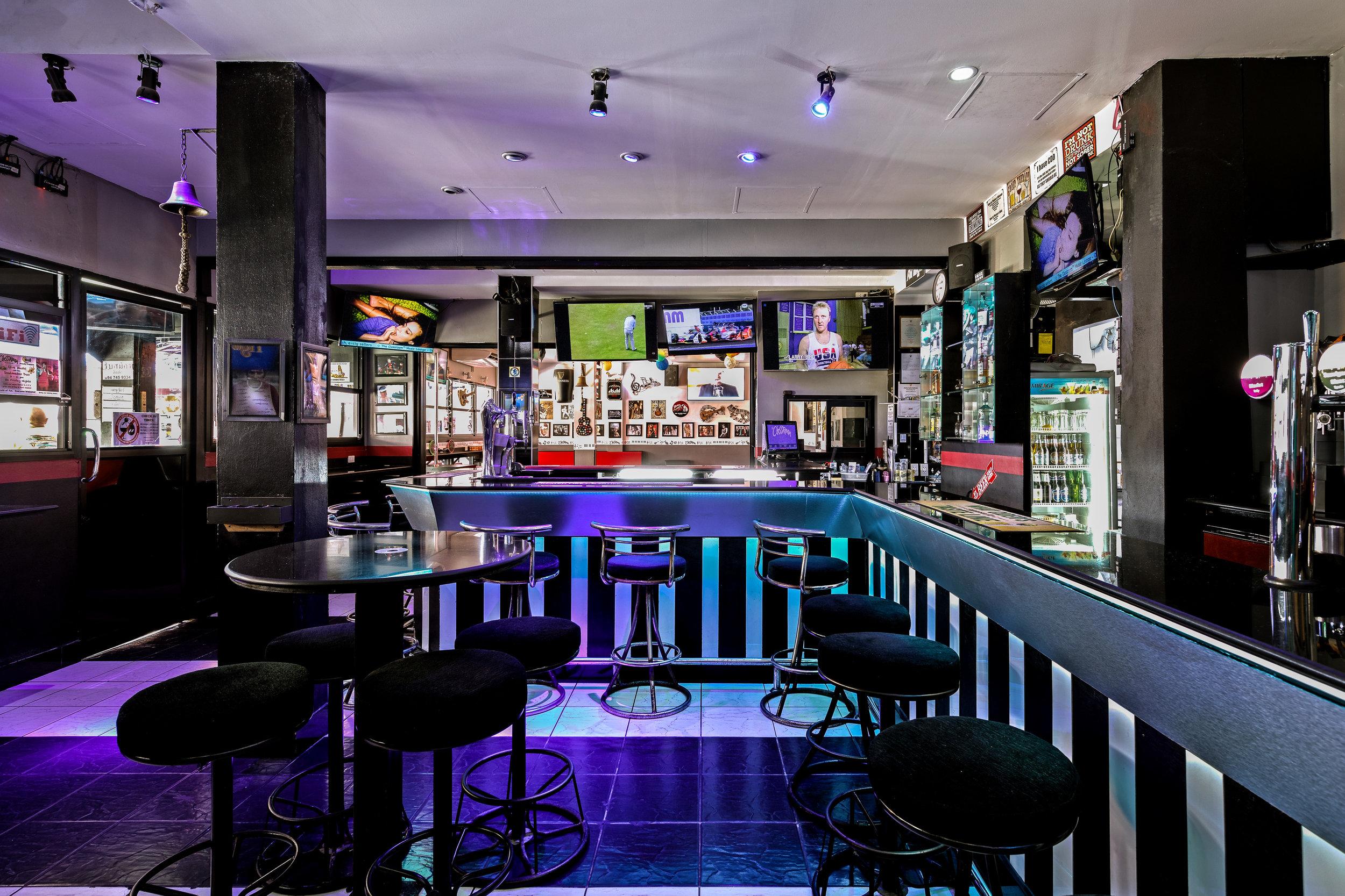 Sports Bar Side View.jpg