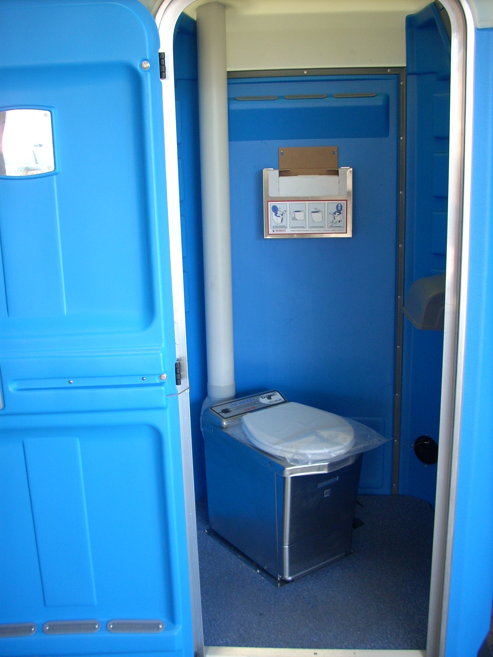 Incinolet-Electric-Toilet.jpg