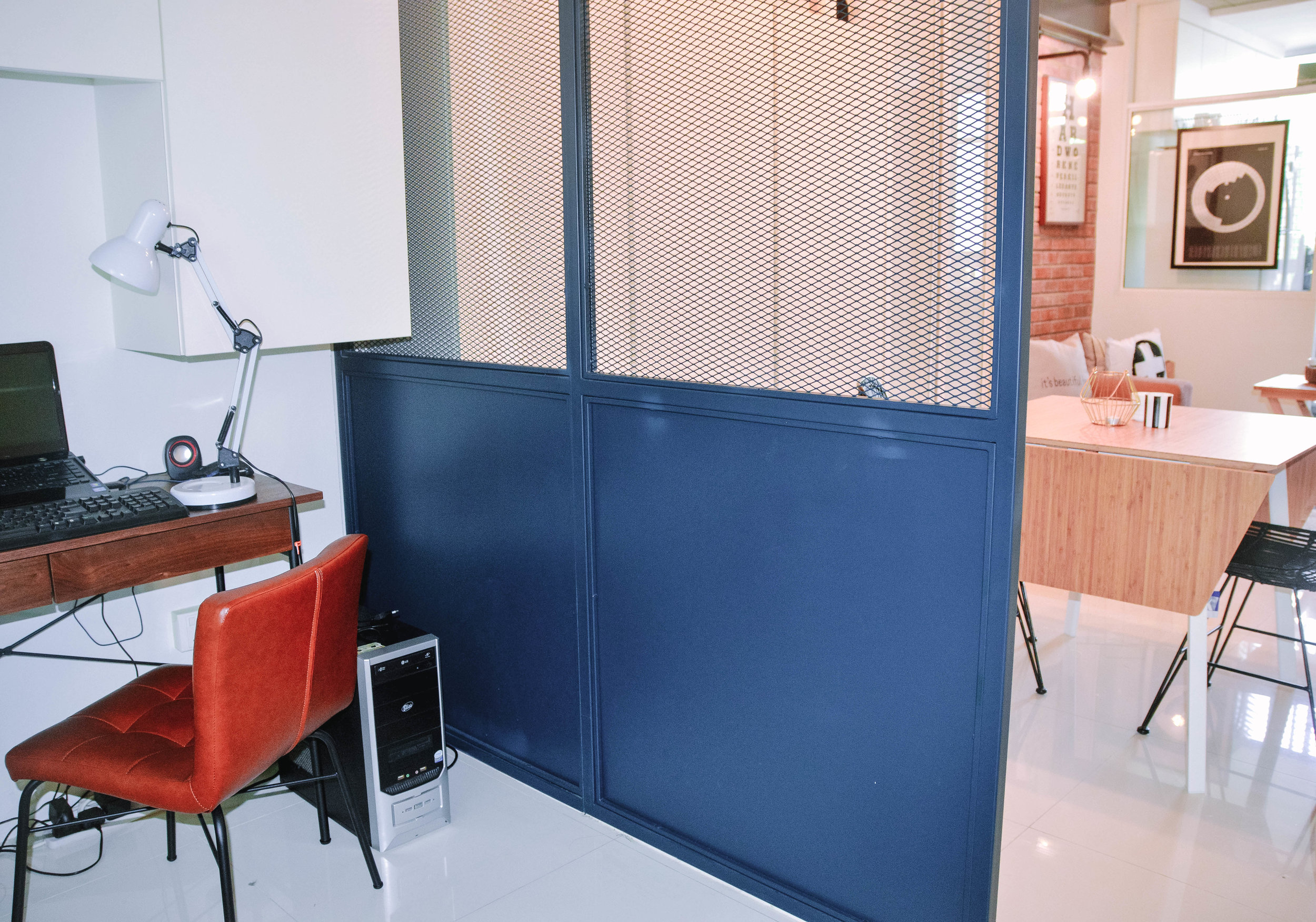 Cool Small Home Living Room Blue Door