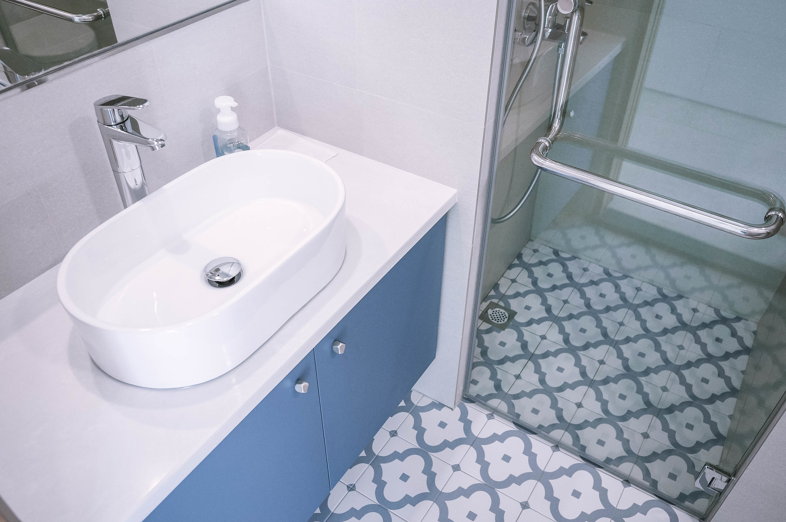 Floor Tiles Bathroom