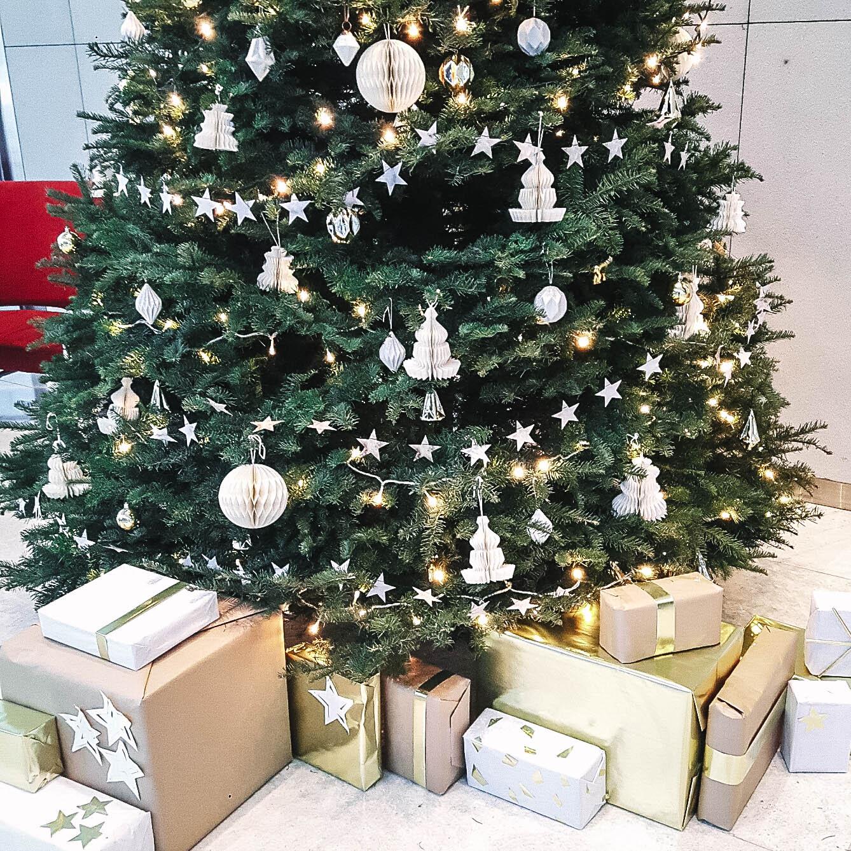Modern Styling Gold Silver Christmas Tree Styling Decor