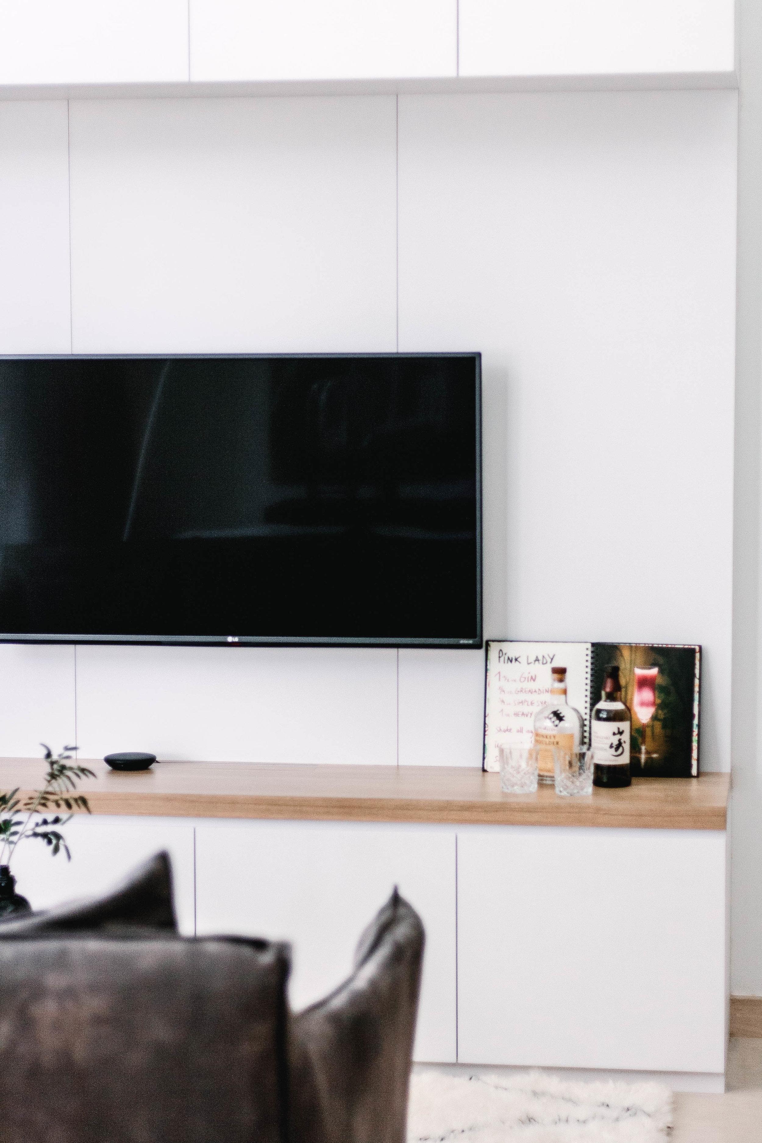 Minimal Japanese Style White Living Room