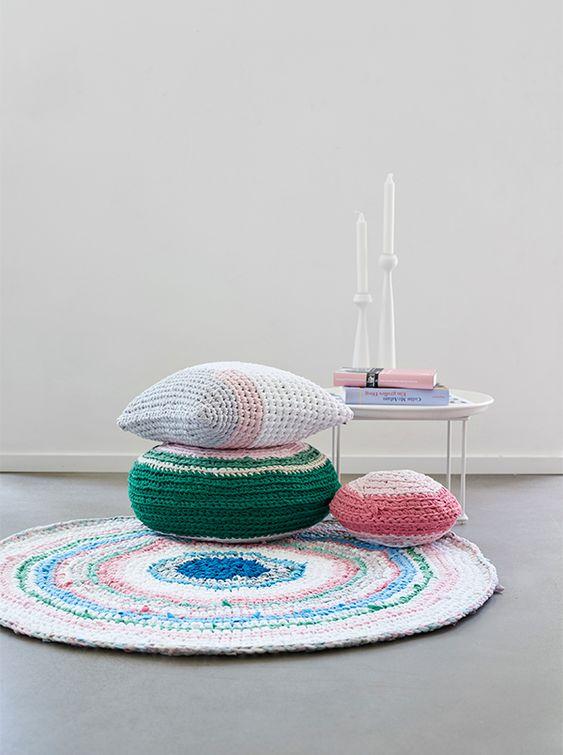 round colourful rug.jpg