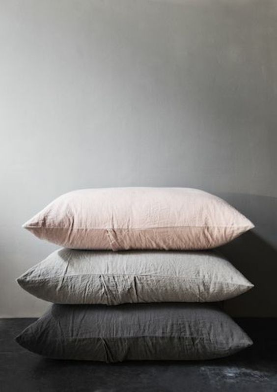 linen cushions.jpg