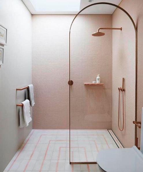 shower arch.JPG