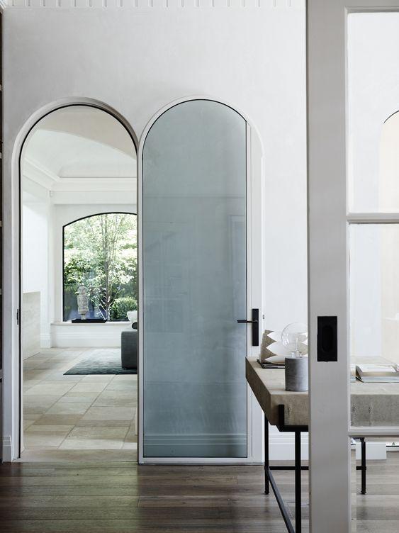 curved door2.jpg