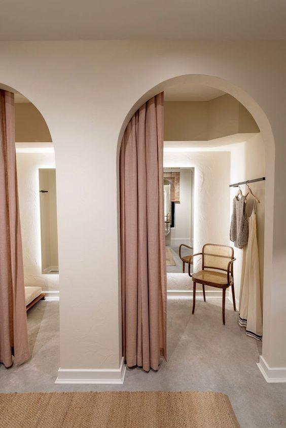 curved doorway2.jpg