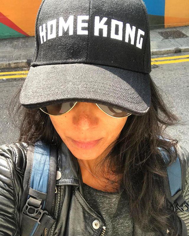 . H O M E  K O N G 🕊🇭🇰🙏🏾 . . . @homekong_market . . . . #thevibetribe #brandyourvibe #holisticwellnesscoach #corporatewellness #wellness #hospitality #speaker #presenter #workshops #breath #breathe #health #stressmanagement #wellbeing #sustainability #hongkong #justice #thepeopleofhongkong