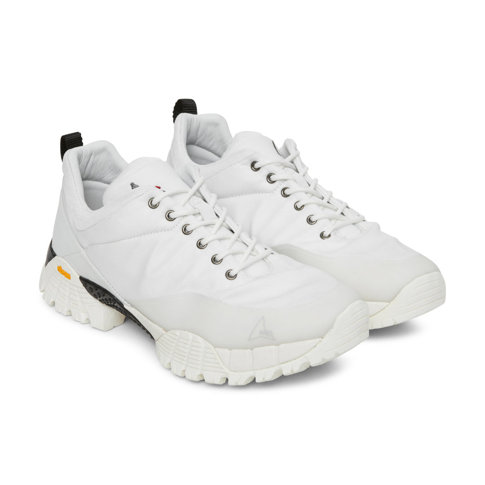 ROA WHITE OBLIQUE SNEAKERS - SELLOUT RISK: LOW MED HIGHPurchase now at slamjamsocialism.com for $264.26