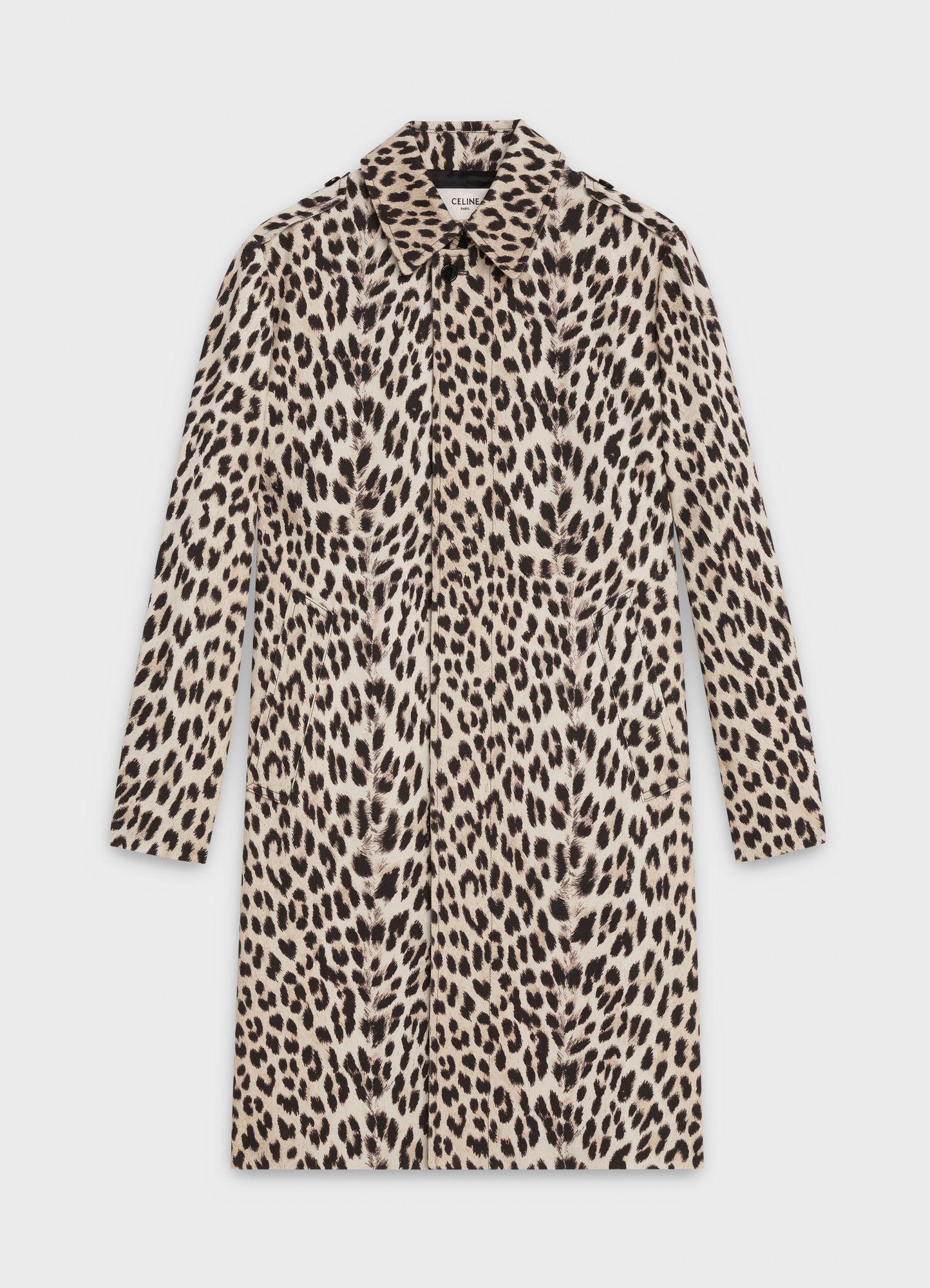 MAC COAT IN LEOPARD PRINTED COTTON   3,350 USD