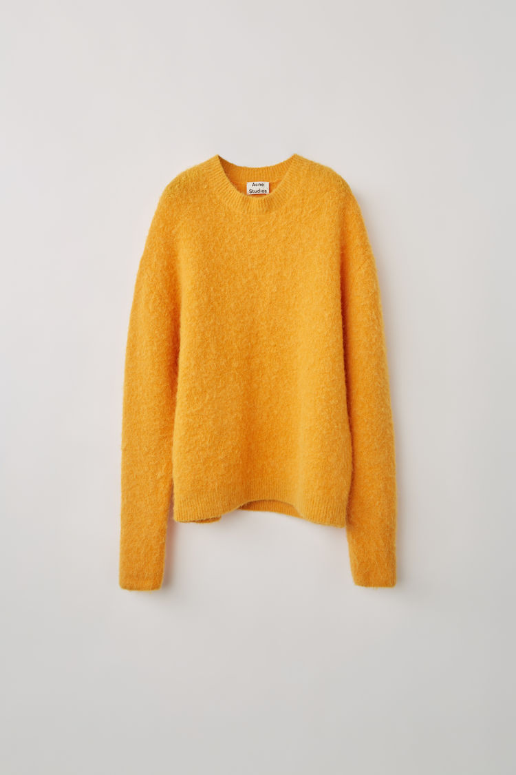 acne_studios_Classic_crewneck_sweater_apricot_orange_1.jpg
