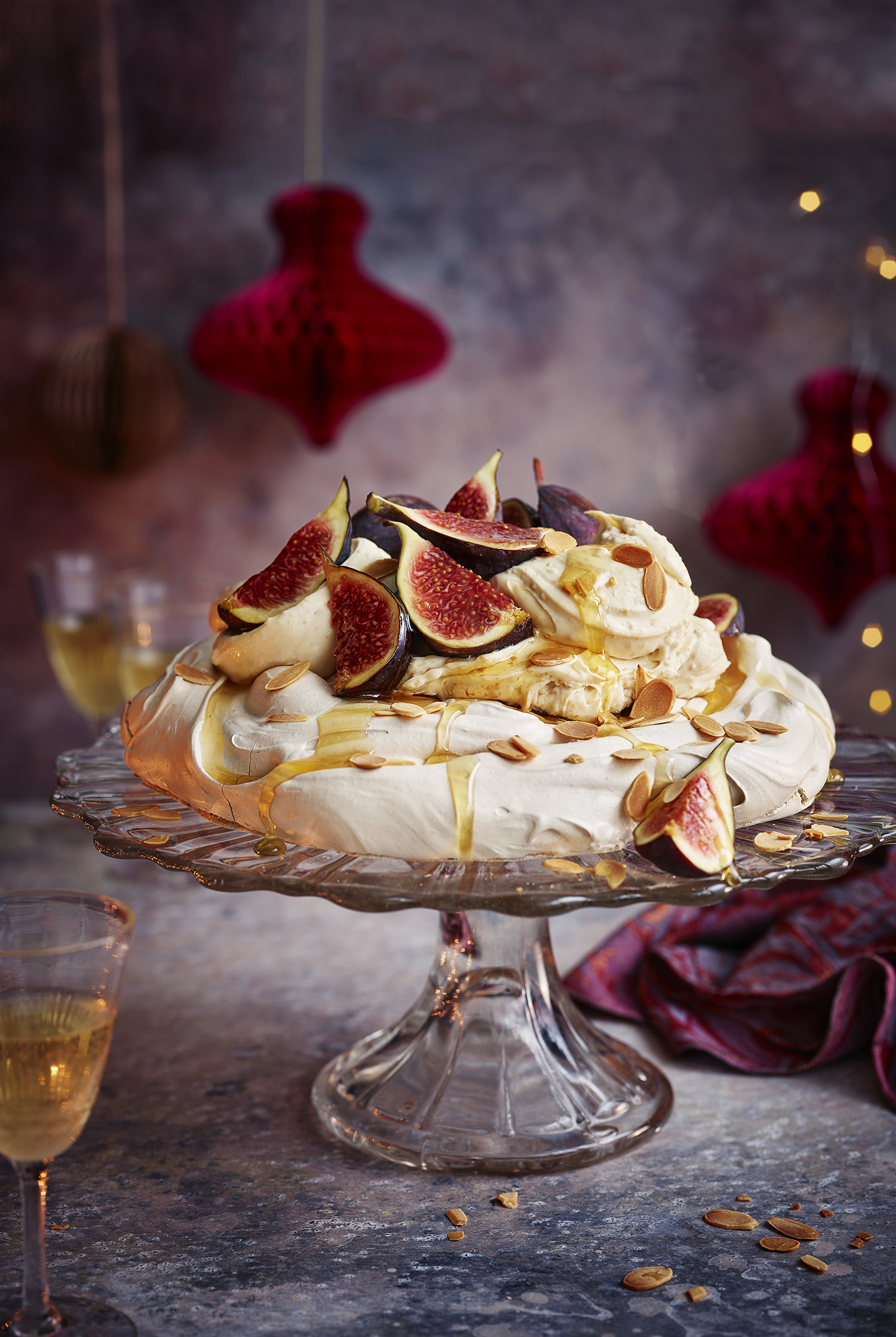 Fig and almond Pavlova Photograph Gareth Morgans Prop Styling Olivia Wardle Recipe Yotam Ottolenghi