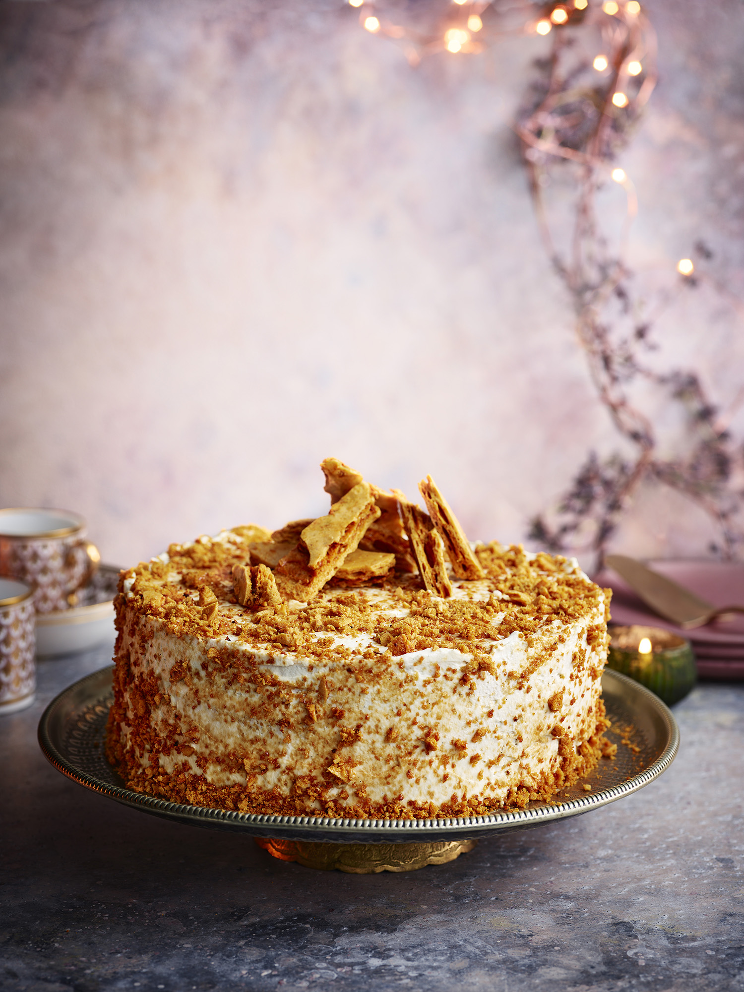 Honey Comb Cake	Photograph Gareth Morgans Prop Styling Olivia Wardle Recipe Rick Stein