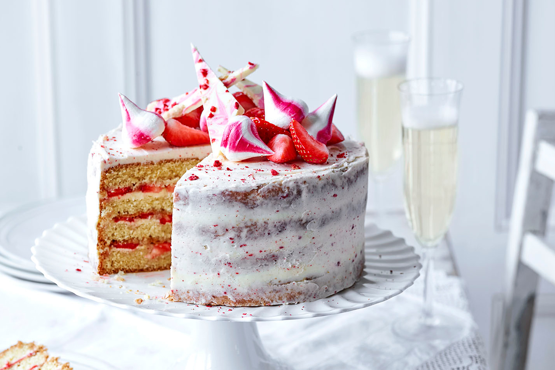 11-strawberrycelebrationcake-web-11.jpg