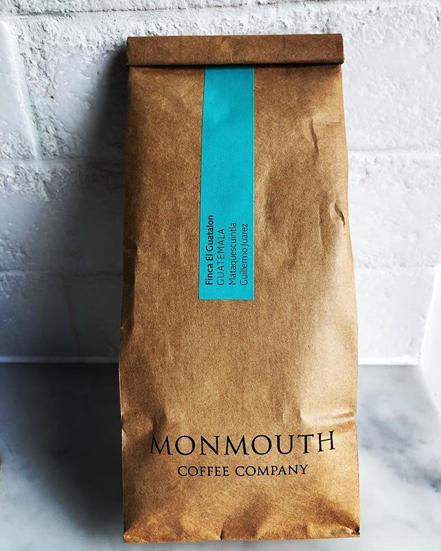 Such a treat hand-delivered by @Alice_walker82 🙏 even bigger treat to see you ☺️ Wish I could insta the aroma .... #monmouthcoffee #favouritethings #coffeelover #coffeeaddict #coffee #london #guatemalancoffee #fincaelguatalon #boroughmarket #littlethings #sustainablecoffee #coffeeroasters