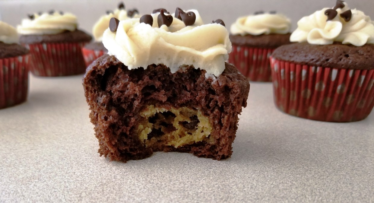 chocolate chip cookie dough cupcake recipe by cupcake and sweets