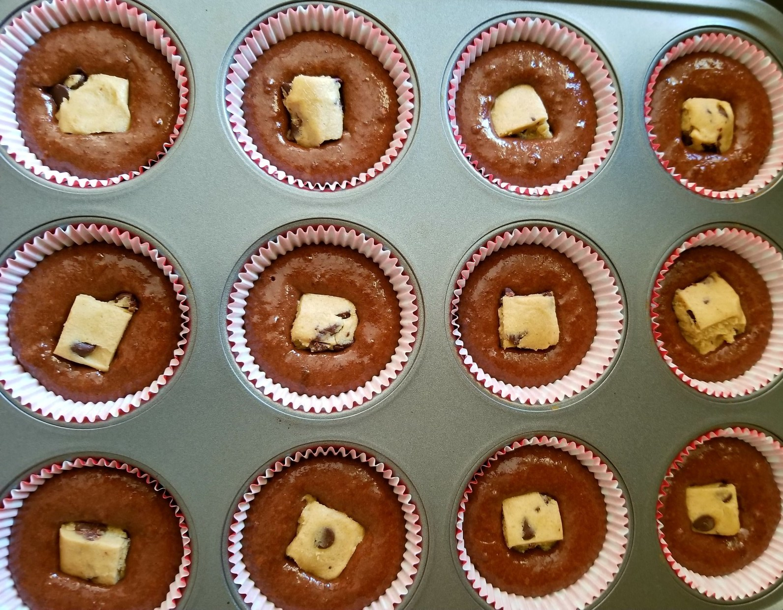using premade cookie dough for cupcakes