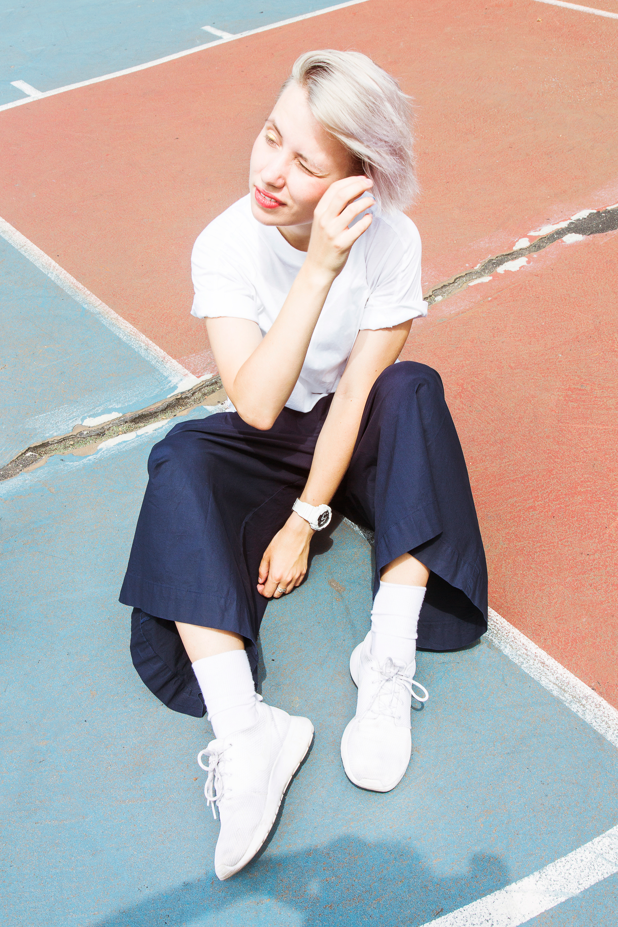 Super Nova - Welcome to the world of experimental pop luminary Kate NV.Fresh Faces