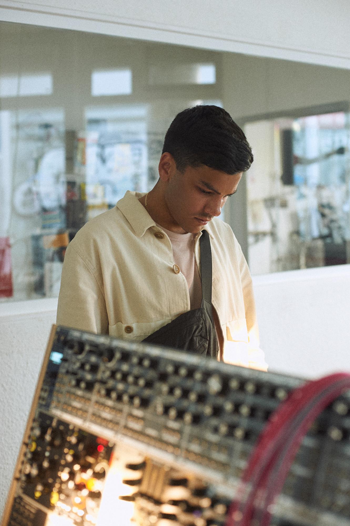 Jamie Isaac at Schneiders Laden, Berlin