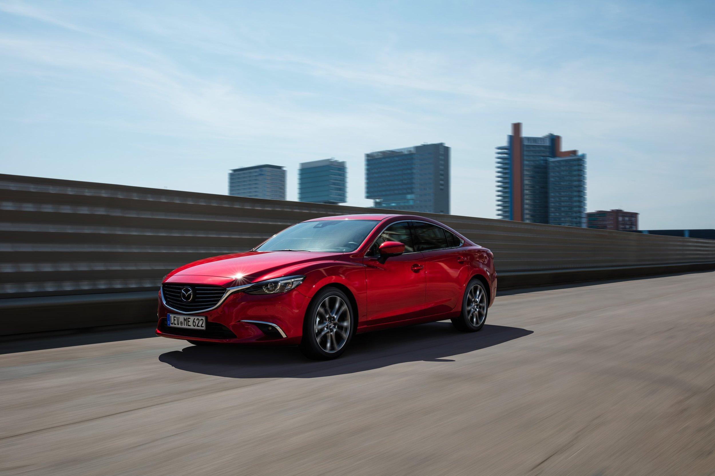 2017-Mazda6_Sedan_Action_06.jpg