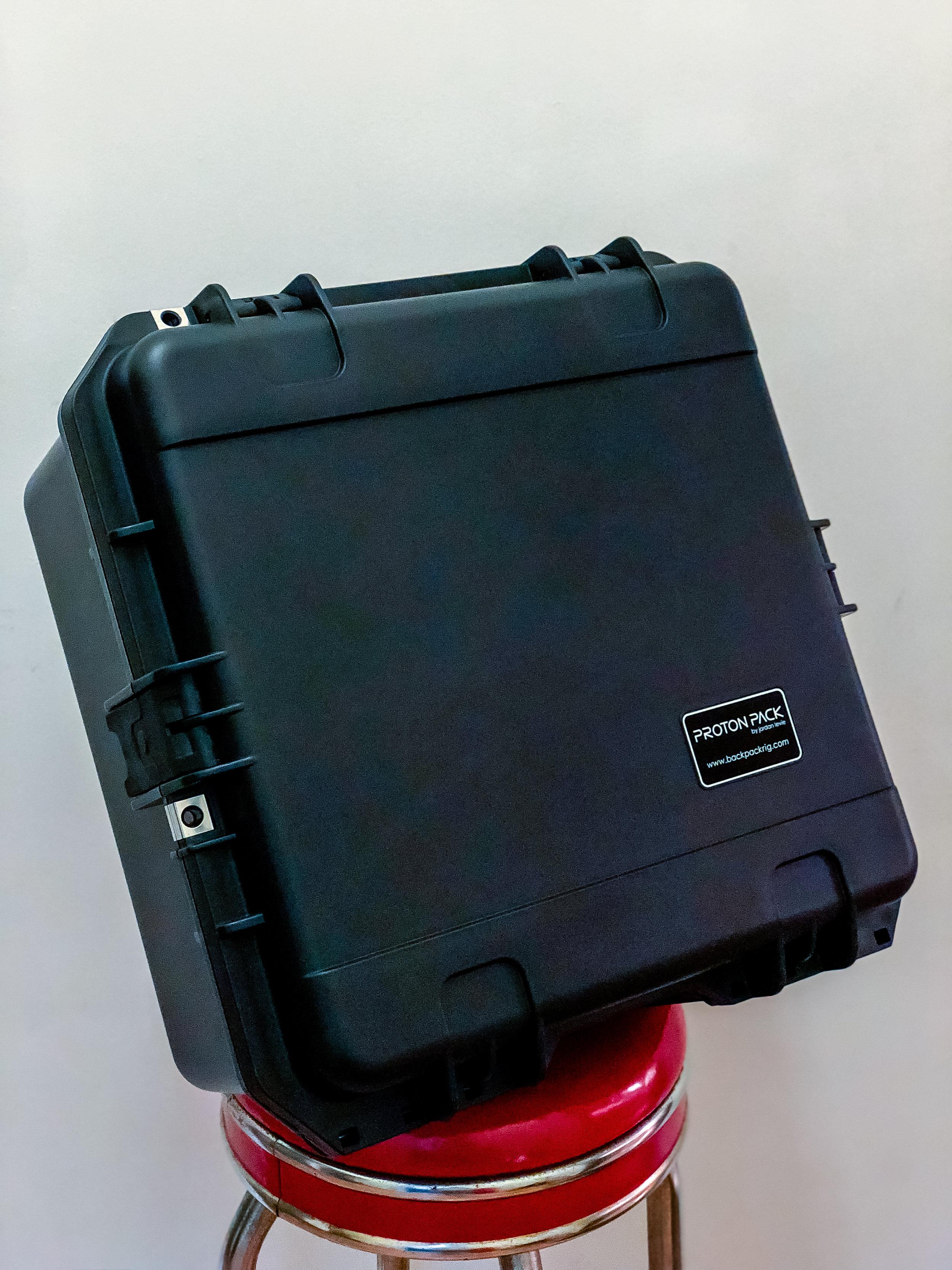 Hard shipping case