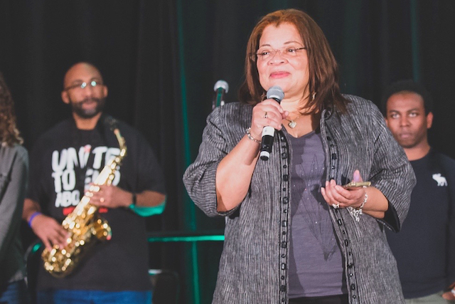 Dr. Alveda King, niece of Rev. Martin Luther King Jr., leads a pro-life prayer gathering (Photo: Aaron Wong)